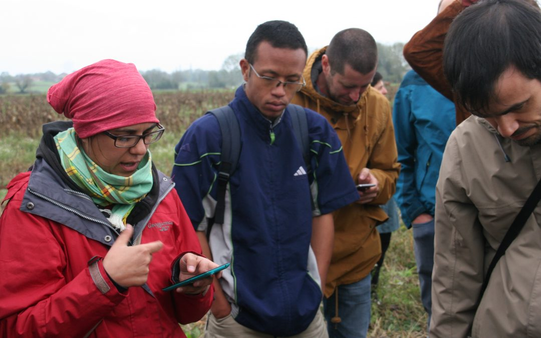 Digital Revolution in Agriculture: fitting in the Agroecological approach?